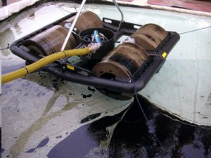 oil skimmer drum skimmer floating with on-board pump